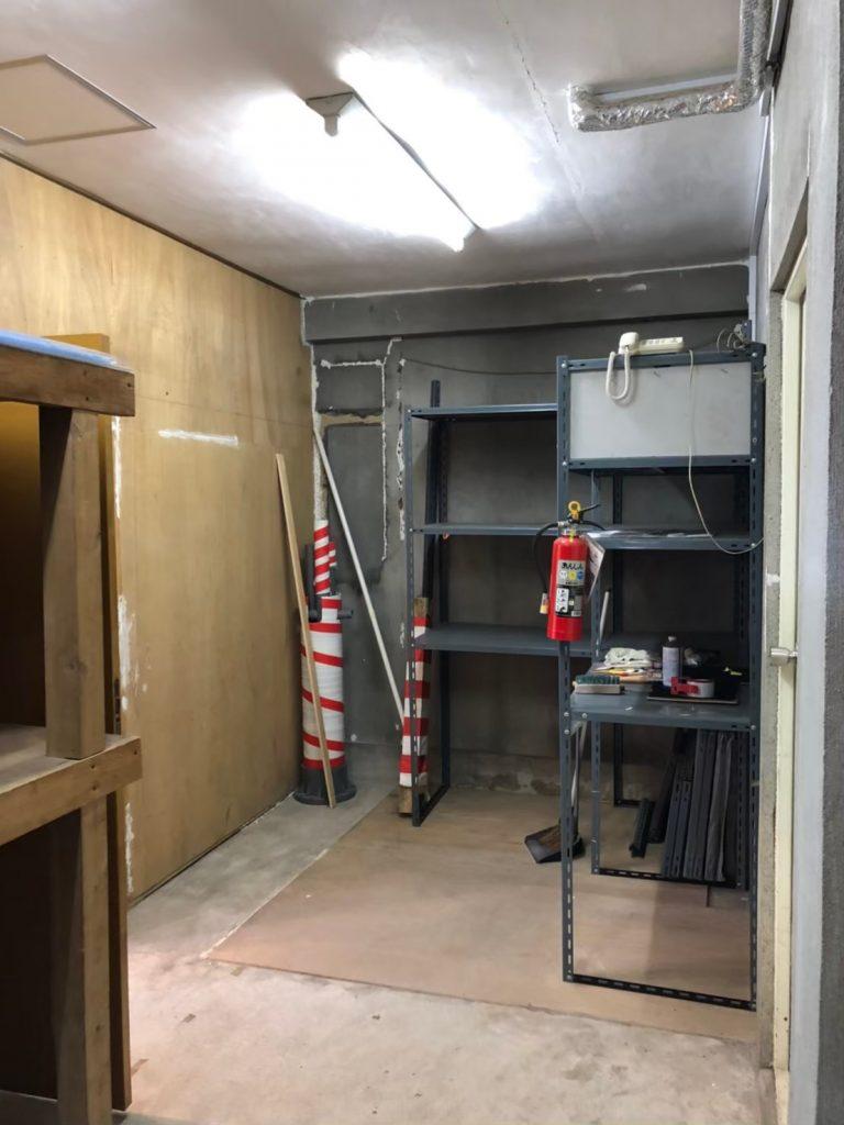 改装前の倉庫